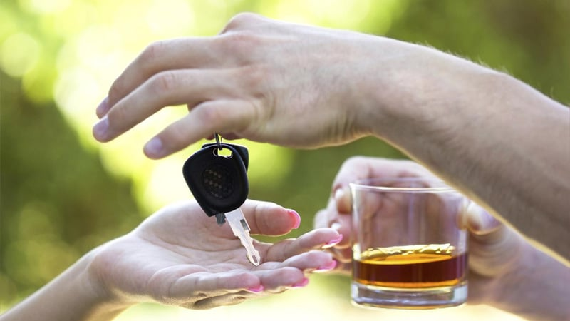 Через сколько выветривается алкоголь из организма: таблица