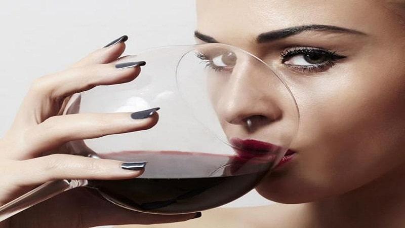 польза красного вина для женщин