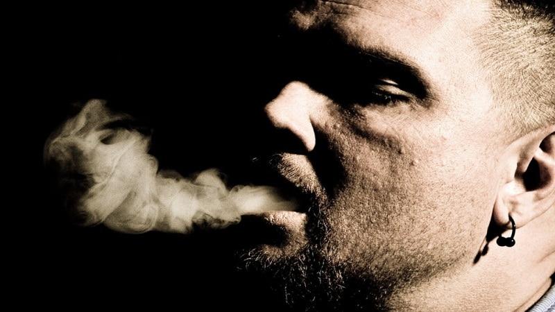 избавиться от запаха табака изо рта