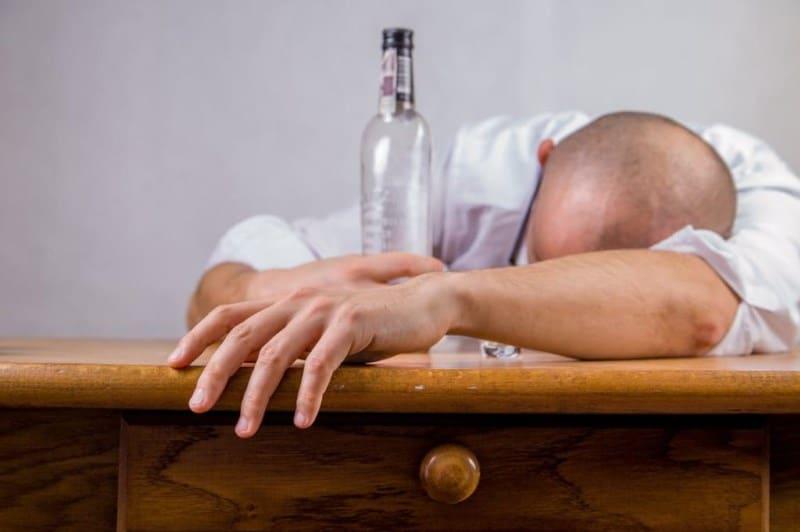 Как остановить рвоту после алкоголя