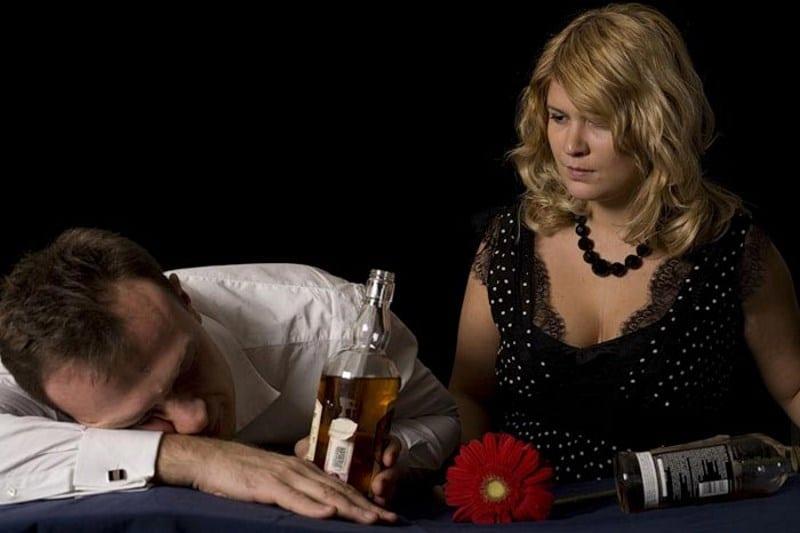 как заставить мужа бросить пить алкоголь без его согласия