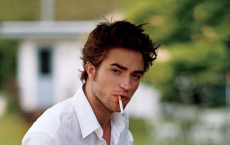 знаменитость курит
