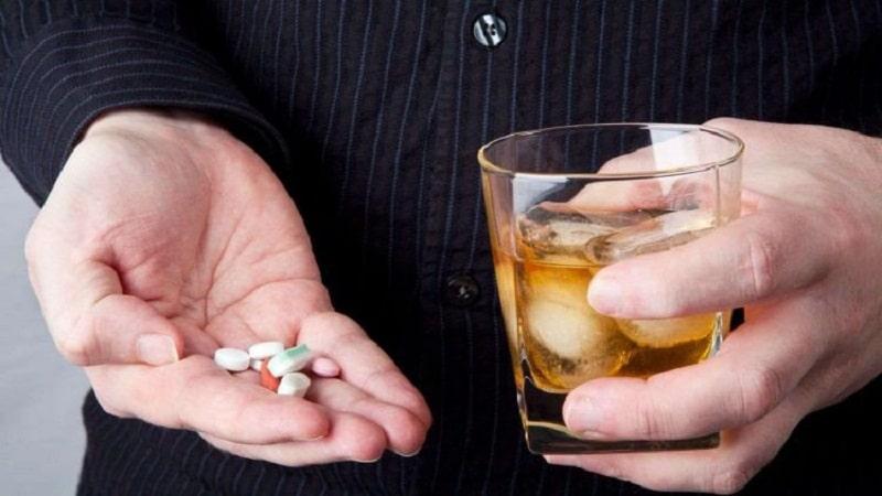 можно ли пить парацетамол с алкоголем