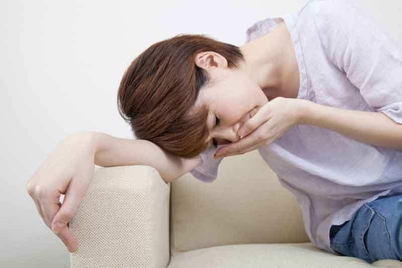 Лечение тошноты в домашних условиях