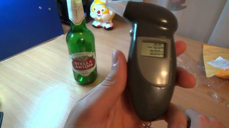 ТОП лучших недорогих алкотестеров