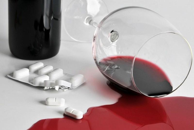 можно ли пить вино при приеме антибиотиков