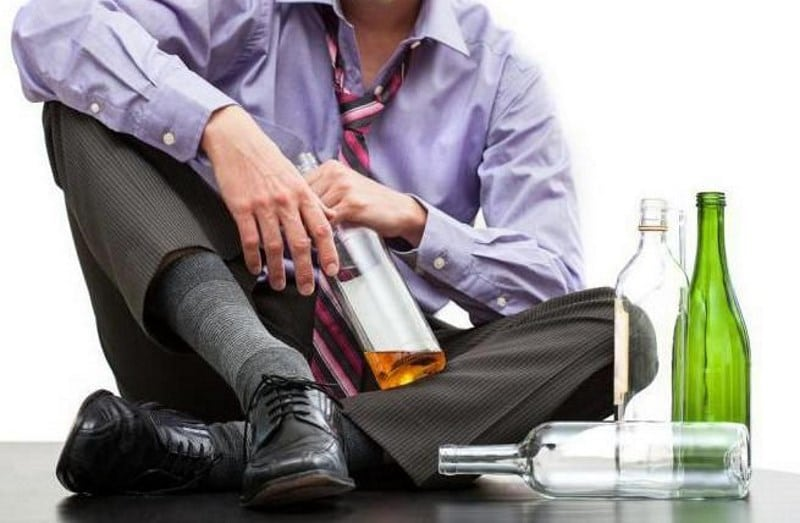 как помочь алкоголику бросить пить если он этого не хочет