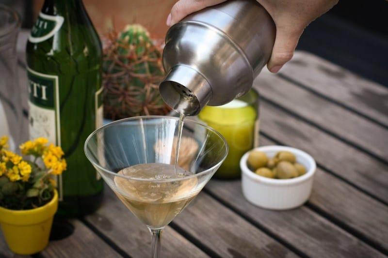 с чем мешать водку чтобы было вкусно