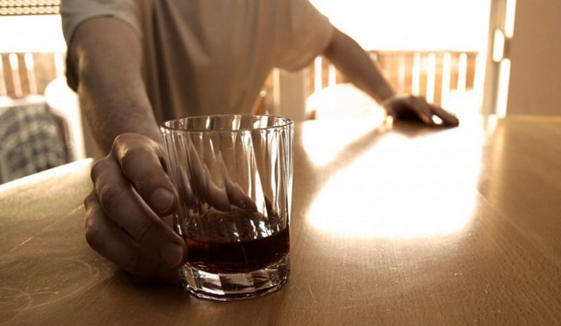 можно ли алкоголь после инсульта